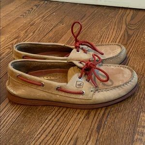 Sperry top-sider leather boat shoes.
